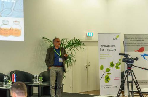 Slike 10. Prof. dr. sc. H. Insam, Voditelj Instituta za mikrobiologiju, Sveučilište u Innsbrucku